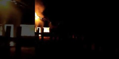 "Santa Luzia D"" Oeste- Mulher perde toda mobília após incêndio destruir sua..."