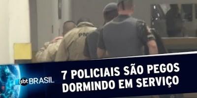 VÍDEO - Sete policiais militares são pergos dormindo em serviço em SP | SBT Brasil...