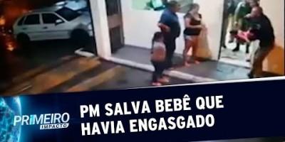 Policial militar salva bebê que engasgou com giz de cera no PR | Primeiro Impacto...