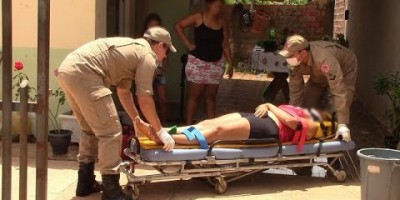 Discussão entre vizinhos termina com mulher baleada com tiro que era para o seu esposo...