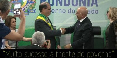 RONDÔNIA: Ao entregar a faixa para Daniel Pereira, Confúcio chora e é aplaudido de pé