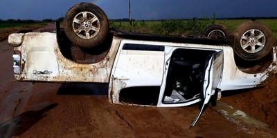 CAPOTAMENTO: Prefeito e vereador sofrem acidente em Rondônia