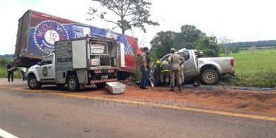 BR 364: Motorista de Frontier morre em colisão frontal com caminhão