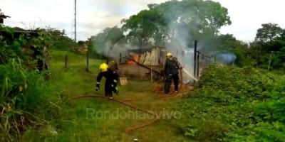 CAPITAL: Homem incendeia a própria casa e agride jornalista