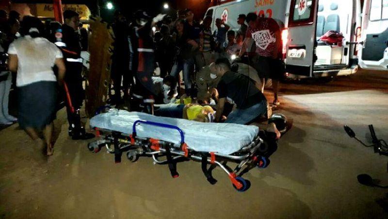 GRAVÍSSIMO: Crianças e mãe ficam seriamente feridas em acidente com caminhão