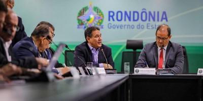 Maurão de Carvalho participa de reunião para discutir crise com paralisação de...