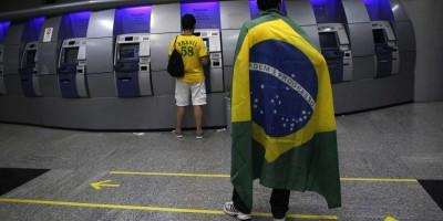 Bancos terão horário de atendimento reduzido nos jogos do Brasil