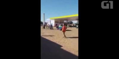 Motorista tenta incendiar posto após frentista se recusar a vender gasolina em...