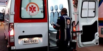 TRANSTORNADO: Idoso tenta se matar com faca cravada no tórax dentro de residência