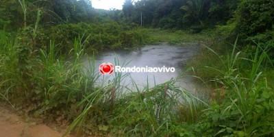 SUBMERSO: Carro com seis pessoas cai em igarapé e vítimas se afogam