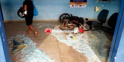 SURTADA: Mulher invade posto de saúde com motocicleta e deixa feridos