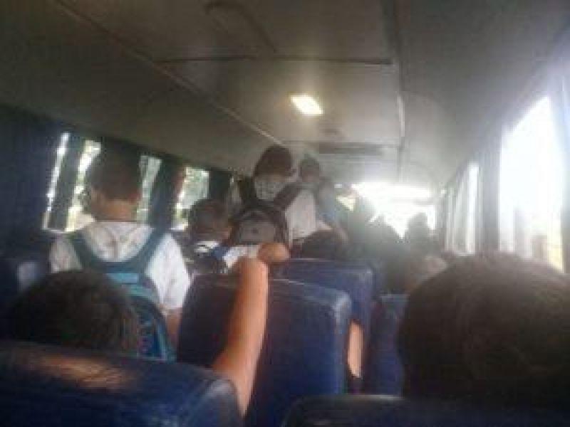 Pais denunciam superlotação e relatam perigo constante do transporte escolar em Cerejeiras
