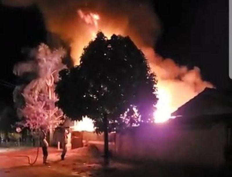 Por ciúmes, apenado tenta matar esposa e coloca fogo na residência em Ouro Preto do Oeste