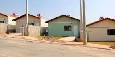 Presidente José Wilson pede construção de casa populares