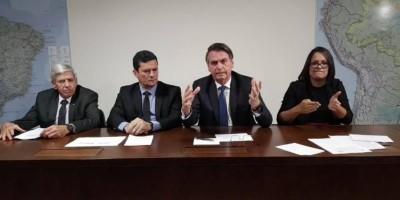 Bolsonaro anuncia 13º salário para o Bolsa Família para marcar 100 dias no poder