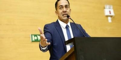 ''IML praticamente morreu vamos trabalhar para ressucitá-lo'', diz Eyder Brasil