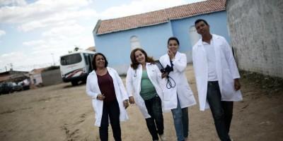Médicos cubanos continuam no País e sobrevivem na informalidade