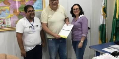 Prefeita de Cerejeiras dá aumento aos servidores e lança concurso