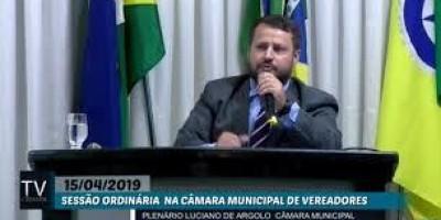 Tapa-buracos com barro vira chacota na Câmara de vereadores de Rolim de Moura