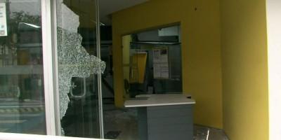 Tentativa de roubo a bancos termina com 11 mortos após tiroteio em Guararema, SP
