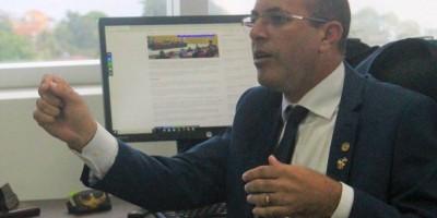 Deputado Crispin propõe em comissão bloqueio do erário para empresas com restrições