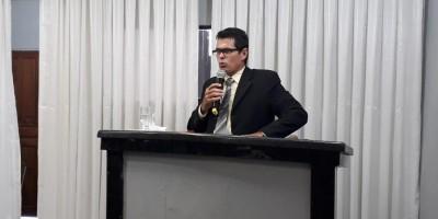 ROLIM DE MOURA: Vereador Claudinho alerta população para exame visual gratuito