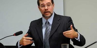 Toffoli diz que fake news já fazem parte do processo eleitoral no país