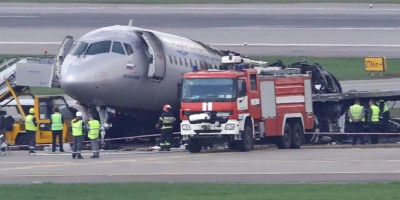 Relâmpago atingiu avião que caiu na Rússia e matou 41 pessoas