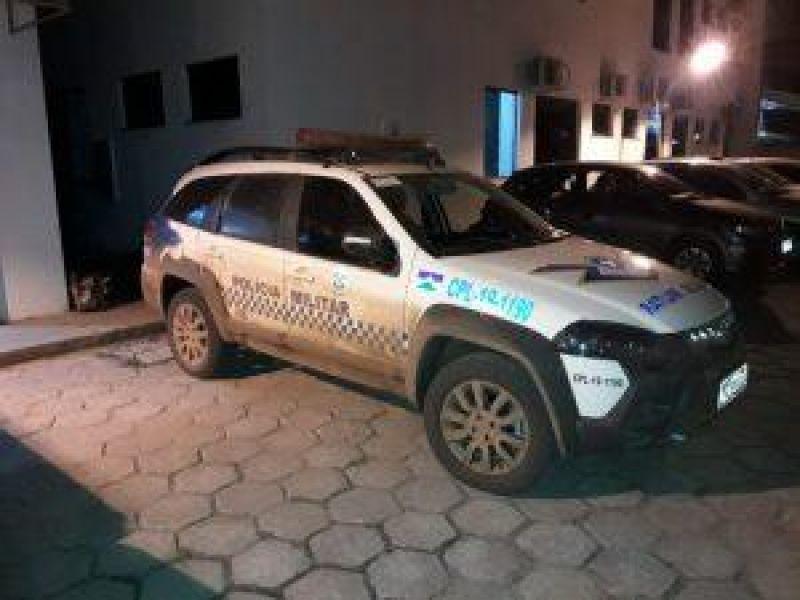 Após perseguição, jovem é detido com drogas e moto roubada em Vilhena