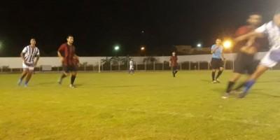 Campeonato de Futebol Noturno: Esporte Clube Canarinho vence de 1 x 0 Esporte Clube...