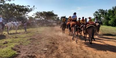 Começa cavalgada da 36ª Expoari em Ariquemes, RO