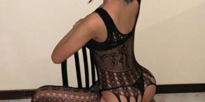 Funkeira: Tati Zaqui posa com lingerie sexy em clique nas redes