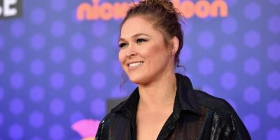 Imagem forte! Ronda Rousey tem dedo decepado durante gravação de série
