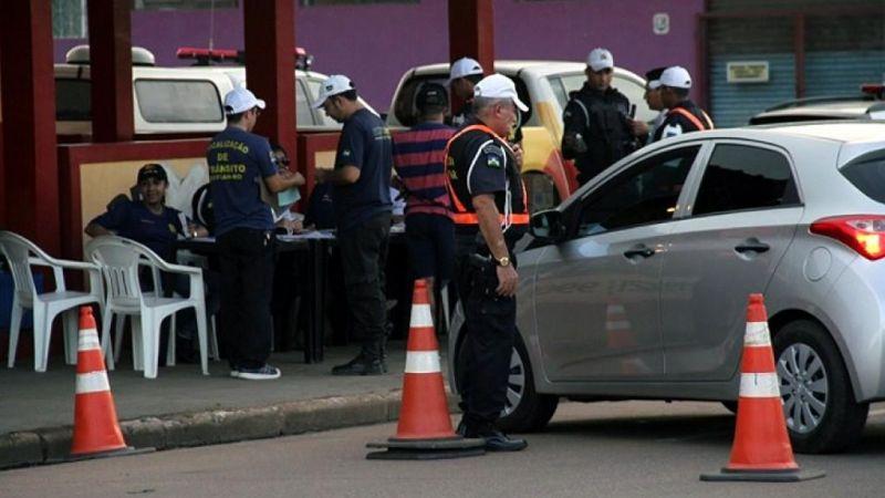 Lei Seca prende 46 condutores e aborda quase 700 veículos em quatro cidades de Rondônia