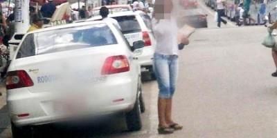 PARCELAS ATRASADAS: Taxista destrói carro na frente de oficial de justiça e agride...