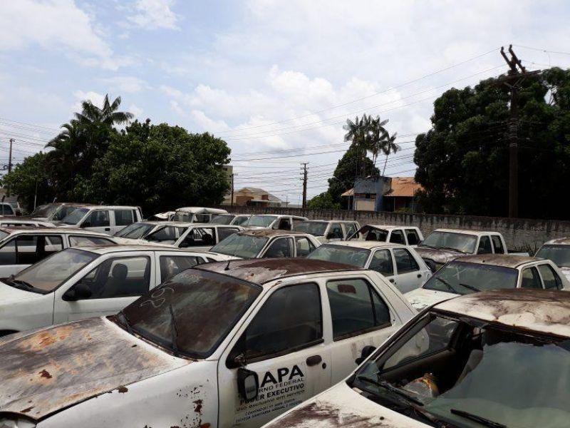 Idaron realiza leilão e põe à venda 108 lotes com carros, motos, barcos, motores e motosserras