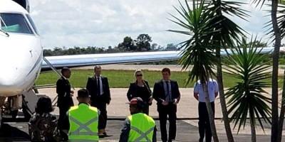 Sérgio Moro desembarca em Rondônia para abastecer avião