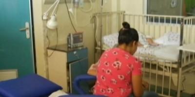 Caso raro de gêmeas que dormem desde que nasceram há 6 meses intriga médicos no Pará