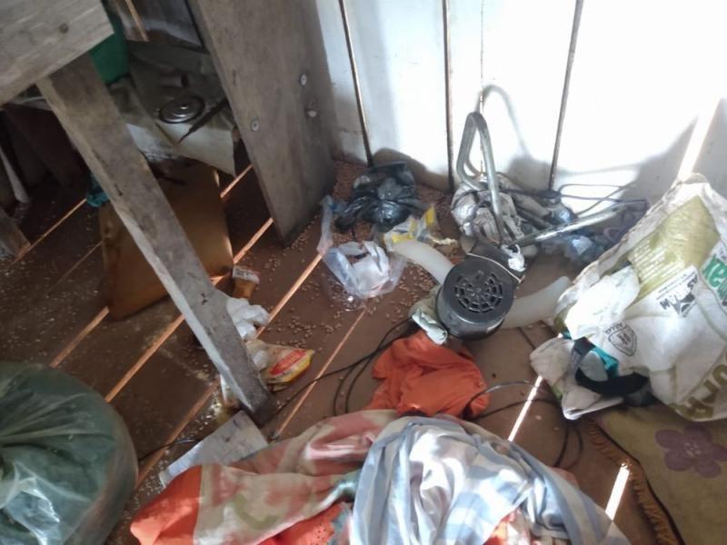 Fazendeiro tem animais furtados e casa vandalizada na área rural de Machadinho