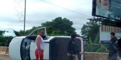 Morador de Alta Floresta passa mal e capota Pick Up na ponte do Rio Machado