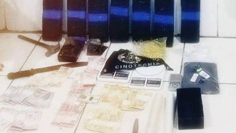 Traficante é flagrado com 10 quilos de droga que comprou de membro do
