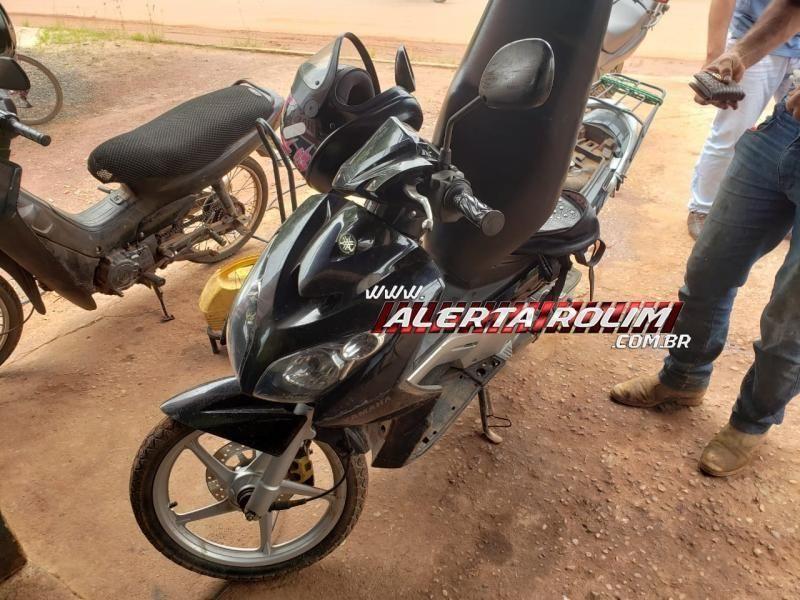 Em Rolim de Moura, motociclista bate em cachorro na rua e fica ferida