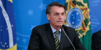 Bolsonaro diz que anuncia nesta quarta sanção de auxílio de R$ 600 a informais