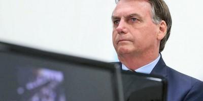 Bolsonaro diz que relação com Ministro da Saúde está abalada: 'nenhum ministro é...
