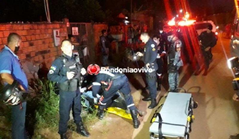 Casal armado em motocicleta bate de frente com viatura da PM durante fuga
