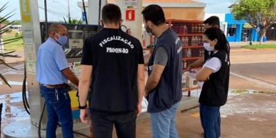 Procon fiscaliza postos de combustíveis e distribuidoras de gás em Rolim de Moura e...