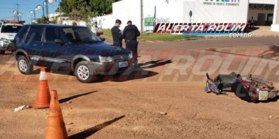 Motorista inabilitado se envolve em acidente e uma pessoa acaba ferida em Rolim de Moura