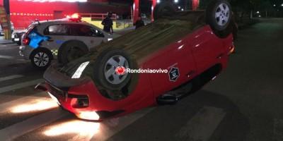 Carro de motorista de App capota após acidente em Porto Velho