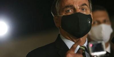 Bolsonaro diz que 'já peguei umas 20 vezes' o coronavírus