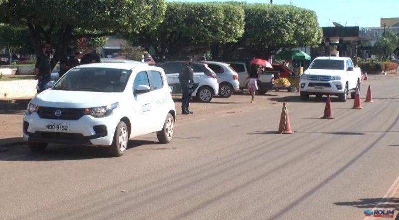 Secretária de Saúde e PM vão intensificar a fiscalização em Rolim de Moura; quem descumprir decreto será multado